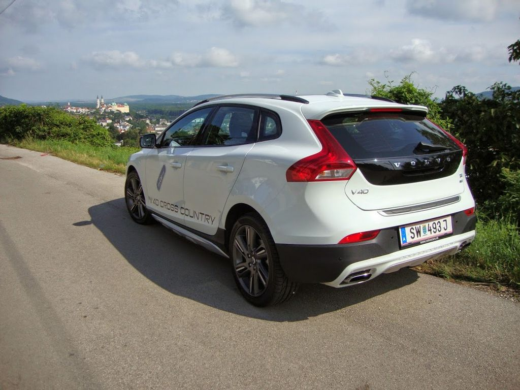 Volvo V40 T4 Cross Country - ein hübscher V40